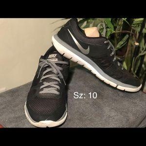 Mens Nike Flex Run Running Shoes Sz 10